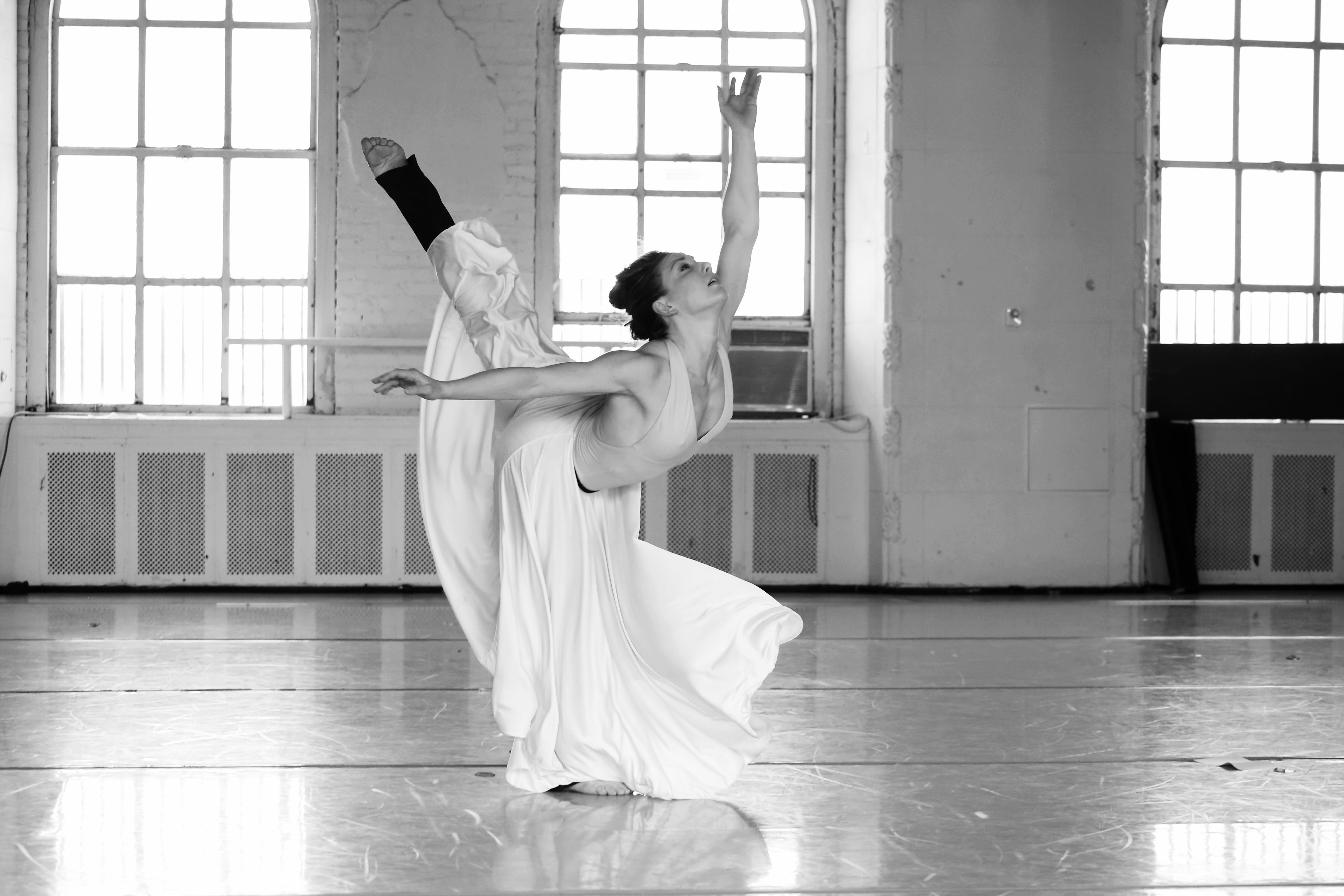 Tecniche di danza moderna, un progetto di Caterina Rago. Intervista alla coreografa