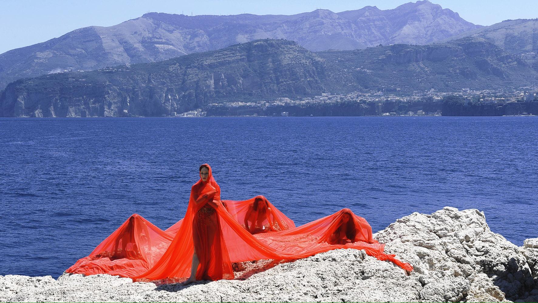 """SORRENTO INCONTRA LA LUCE DEI LUOGHI """"Danze dal Mare 3.0"""""""