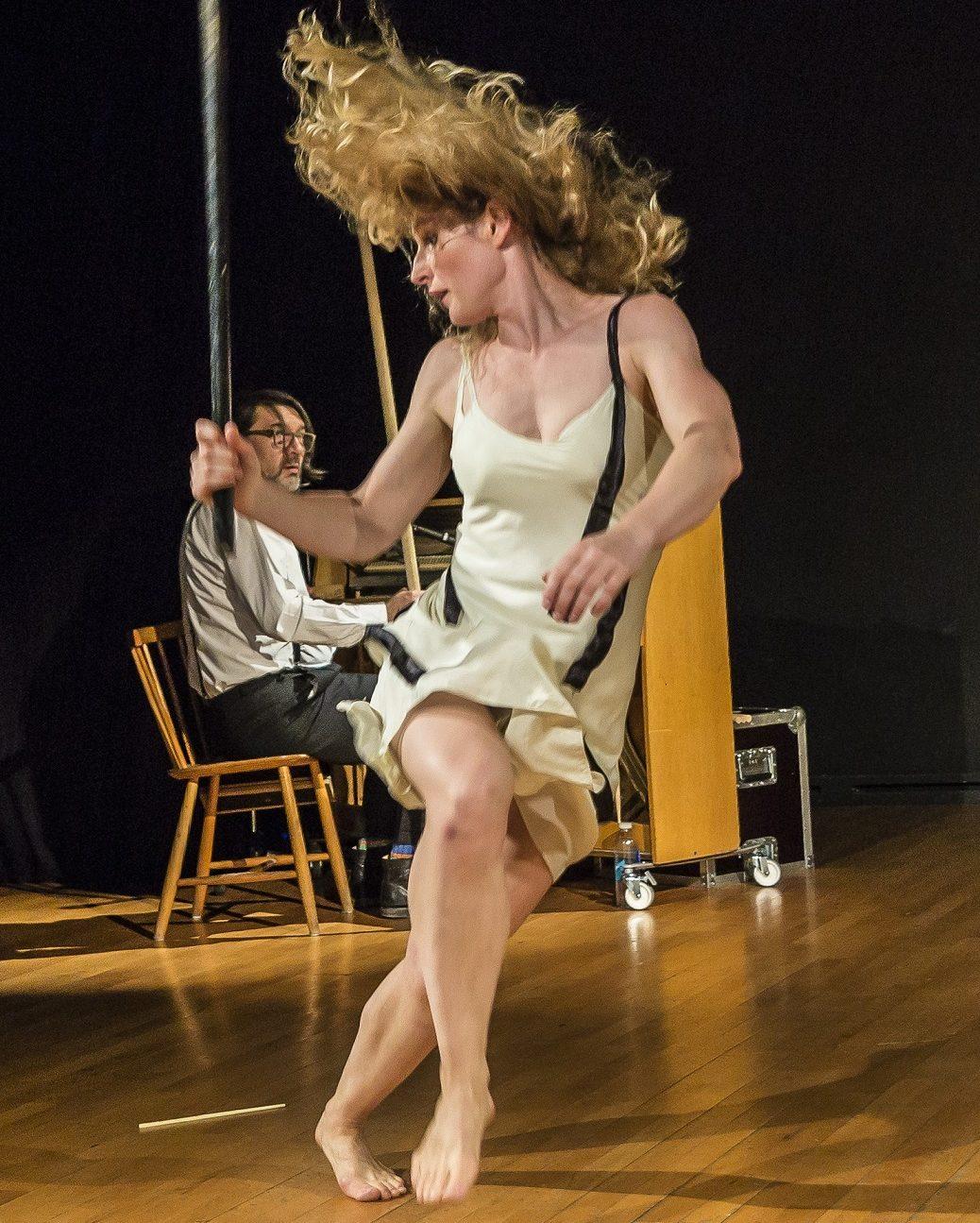 Al Teatro Vascello lo spettacolo SCHERZO for piano and stick